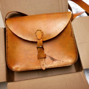 shipping purse